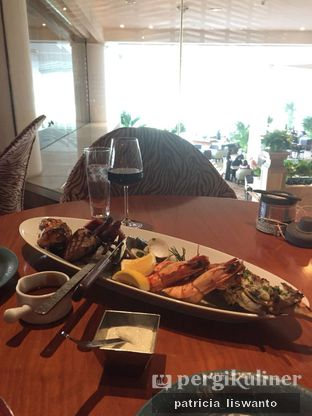 Foto - Makanan di C's Steak and Seafood Restaurant - Grand Hyatt oleh Patsyy