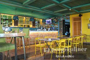 Foto 3 - Interior di Karumba Rooftop Rum Bar oleh UrsAndNic