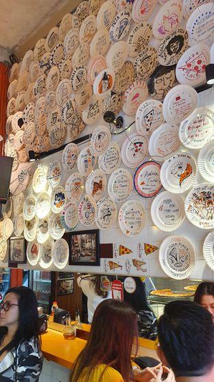 Foto 7 - Interior di Pizza Place oleh Naomi Suryabudhi