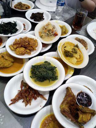Foto 3 - Makanan di RM Pangeran Khas Minang oleh Stella Griensiria