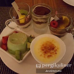 Foto 1 - Makanan di The Cafe - Hotel Mulia oleh JC Wen