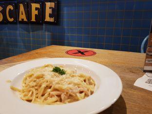 Foto review The People's Cafe oleh D L 4