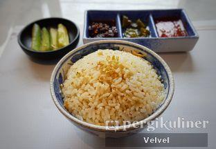 Foto 2 - Makanan(Nasi Hainan) di Minq Kitchen oleh Velvel