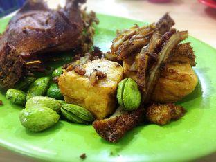 Foto 6 - Makanan di Nasi Uduk Kiko Sari oleh Fransiscus