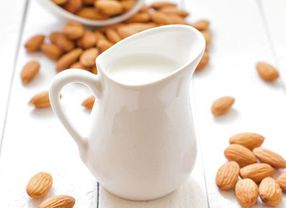 5 Susu Non Hewani yang Cocok untuk Campuran Kopi Susu Para Vegetarian