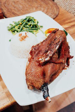 Foto - Makanan di Bebek Tepi Sawah oleh Indra Mulia
