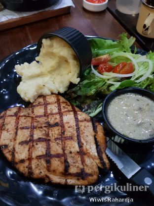 Foto 4 - Makanan di Blacklisted oleh Wiwis Rahardja