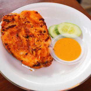 Foto 2 - Makanan di Ayam Pedos oleh Stellachubby