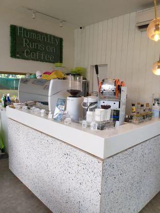 Foto 2 - Interior di Phyllo Coffee oleh Sari Cao