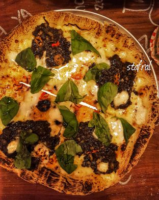 Foto review Duck Down Pizza Party oleh Stanzazone  8