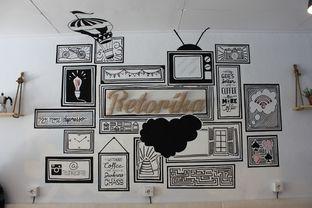 Foto 3 - Interior di Retorika Coffee oleh Wisnu Narendratama