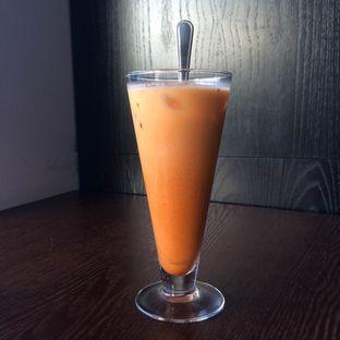 Foto 8 - Makanan(Ice Thai Tea) di Coffeedential Roastery & Dessert oleh Buncit Foodies