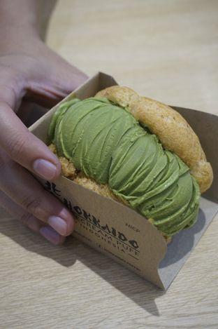 Foto 5 - Makanan di Hokkaido Icecream Puff oleh yudistira ishak abrar