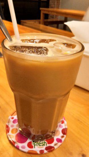 Foto 4 - Makanan(Coffee Latte) di Ayam Bakar Tujuh Saudara oleh Komentator Isenk