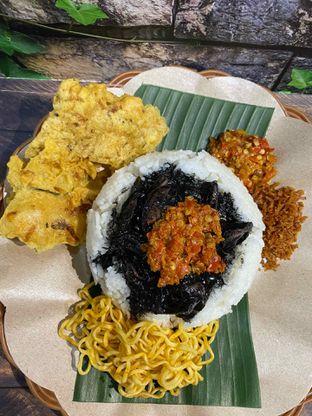 Foto review Nasi Cumi Hitam Madura Pak Kris oleh Yohanacandra (@kulinerkapandiet) 14