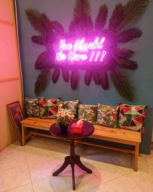 Foto 6 - Interior di Garage Cafe oleh Junior
