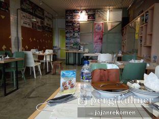 Foto 2 - Interior di Me Time oleh Jajan Rekomen