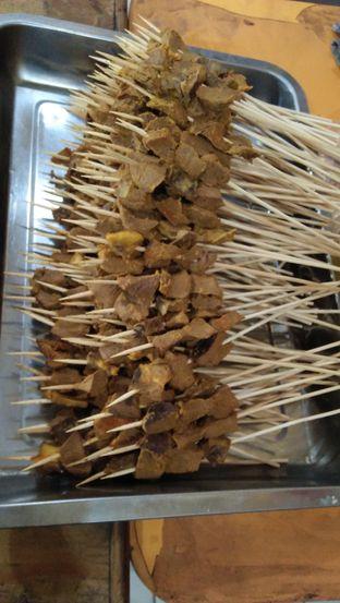 Foto 2 - Makanan(Sate Padang) di Nasi Goreng Padang Guchy Paresto oleh Review Dika & Opik (@go2dika)