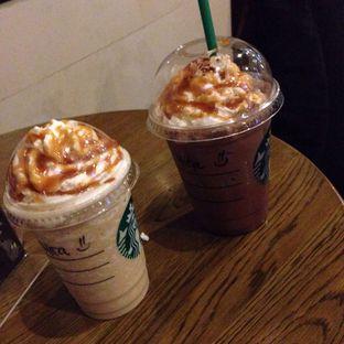 Foto review Starbucks Coffee oleh Almira  Fatimah 4