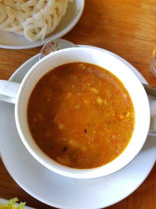 Foto 9 - Makanan(Sop Oncom) di Warung Cepot oleh Clara Yunita