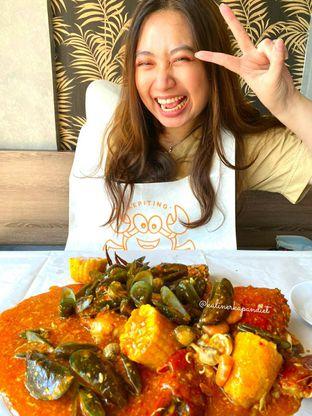 Foto review Kepiting Ngamprak oleh Yohanacandra (@kulinerkapandiet) 5