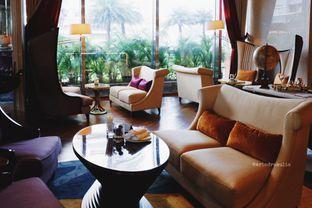 Foto 31 - Interior di The Writers Bar - Raffles Jakarta Hotel oleh Indra Mulia