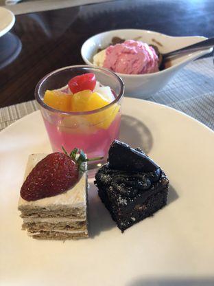 Foto 6 - Makanan di 209 Dining - Vasa Hotel oleh @yoliechan_lie