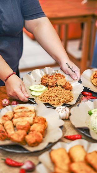 Foto 1 - Makanan di Geprek Gold Chick oleh deasy foodie