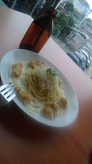 Foto 2 - Makanan(Spaghetti creamy chicken caraage) di Cofi by Cozyfield oleh budijardja Kartawidjaja