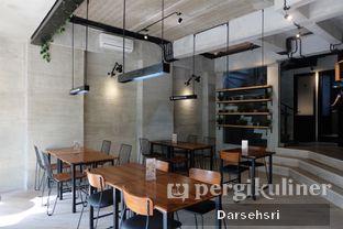 Foto 9 - Interior di Monsoon Cafe oleh Darsehsri Handayani