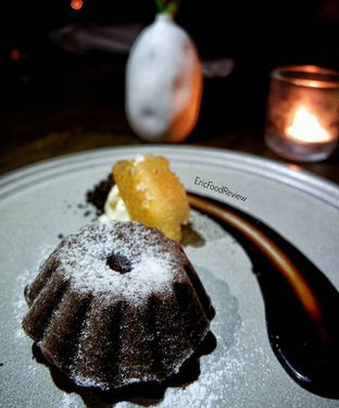 Foto 4 - Makanan(Molten Chocolate Cake) di Vong Kitchen oleh Eric  @ericfoodreview