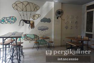 Foto 6 - Interior di TYFEL COFFEE oleh bataLKurus