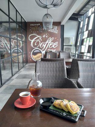 Foto review D'Juntos Coffee n' Kitchen oleh Prido ZH 11