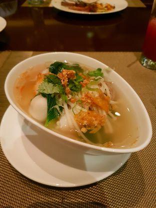 Foto 4 - Makanan di The Cafe - Hotel Mulia oleh ig: @andriselly