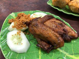 Foto 4 - Makanan(Ayam Goreng) di Sandjaja & Seafood oleh Budi Lee