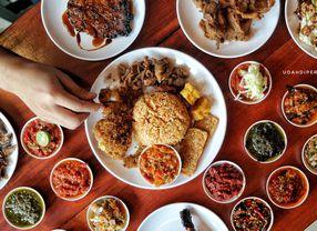 Bukan Hanya Indonesia, 5 Negara Ini Juga Punya Kebiasaan Makan Pakai Tangan