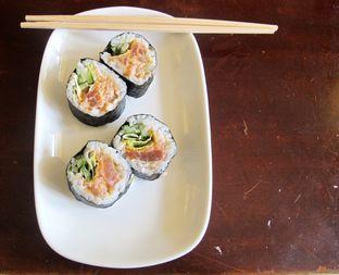 Foto 1 - Makanan di Umaku Sushi Resto oleh Nadia Sugiono