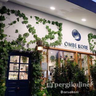 Foto 4 - Interior di Ombe Kofie oleh Darsehsri Handayani