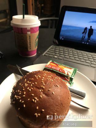 Foto - Makanan di Starbucks Coffee oleh Icong
