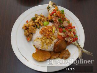 Foto 1 - Makanan di Nasi Uduk Ci Lemy oleh Tirta Lie