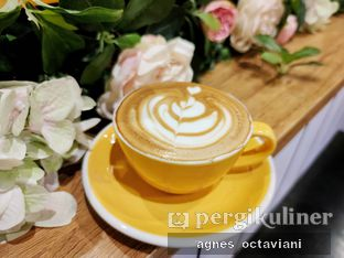 Foto 1 - Makanan(Latte) di Becca's Bakehouse oleh Agnes Octaviani