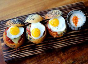 8 Tempat Makan di Panglima Polim yang Paling Hits Se-Jakarta