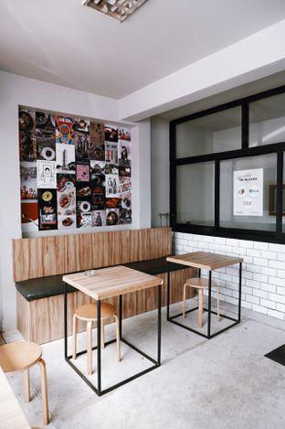 Foto 8 - Interior di Studio Katsu oleh Della Ayu