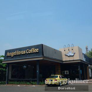 Foto 13 - Eksterior di Angel In Us Coffee oleh Darsehsri Handayani
