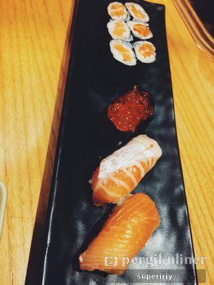 Foto 2 - Makanan(salmon yoridori) di Sushi Tei oleh @supeririy
