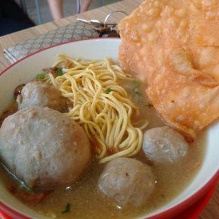 Foto 1 - Makanan(bakso tenden) di Bakso Solo Samrat oleh Vising Lie