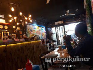 Foto 5 - Interior di Titik Kumpul Coffee & Eatery oleh Prita Hayuning Dias