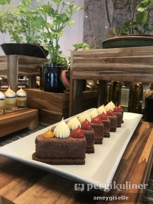 Foto review Pacific Restaurant and Lounge (PASOLA) - The Ritz Carlton Pacific Place oleh Hungry Mommy 13