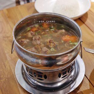 Foto 1 - Makanan(Sop Iga Garang Asem) di Betawi Corner oleh dk_chang