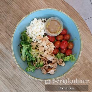 Foto 1 - Makanan di 6Pack Salad Bar oleh Erosuke @_erosuke
